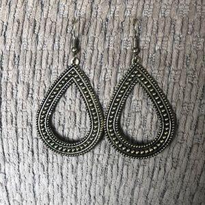 Arizona Jean Co. Earrings, new w/o tag